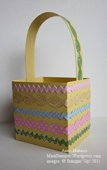 Square Eastern trimmed basket