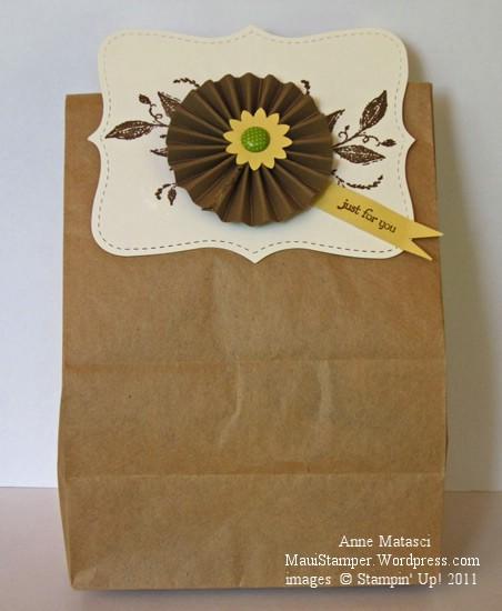 Paper bag topper