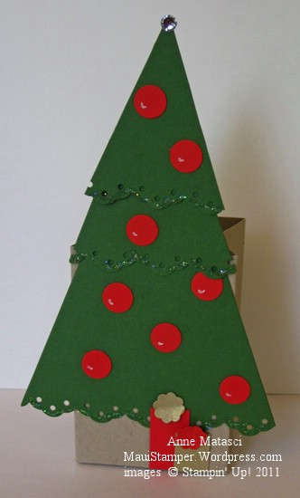 Pennant Christmas Tree box