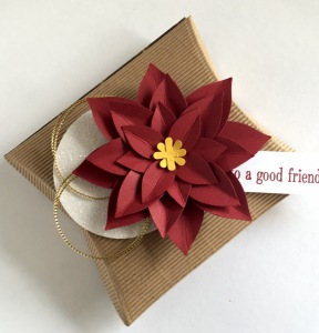 Maui Stamper Corrugated Pillow Box and Poinsettia